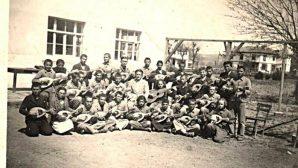 ARİFİYE KÖY ENSTİTÜSÜ ÖĞRENCİLERİ-1940-