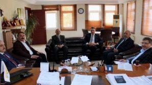 Ak Parti Genel Başkan Yardımcısı İlyas Şeker, Arifiye Belediyesini ziyaret etti.