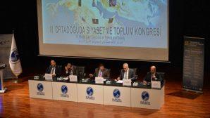 """Sakarya Üniversitesinde""""Ortadoğu'da Siyaset veToplum Kongresi """""""