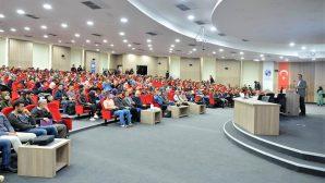 """Prof. Dr. Tuncay Zorlu:""""Osmanlı, bilim ve teknoloji konusunda inanılmaz pratik ve pragmatik bir devlettir.""""."""