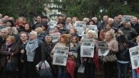 CHP'lilerden 'Cumhuriyet Gazetesi' protestosu