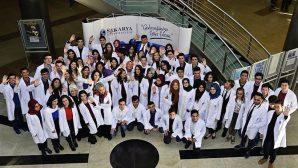 Tıp Öğrencileri Beyaz Önlük Giydi
