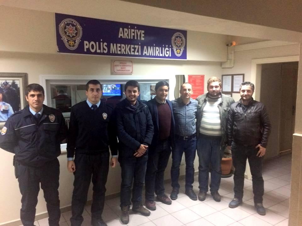 ARİFİYE AK GENÇLER POLİSİMİZİN YANINDA