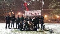 Kar yağışına rağmen demokrasi nöbeti