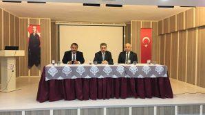 Arifiye Kaymakamımız Adem Yazıcı başkanlığında Okul Müdürleri toplantısı yapıldı