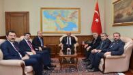 Savunma Bakanı ile askeri alanların taşınıp bu alanların kullanımı konuşuldu