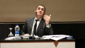 """Ceza Hukukçusu Prof. Dr. Ersan Şen """"Aklınızı Kiraya Vermeyin"""""""