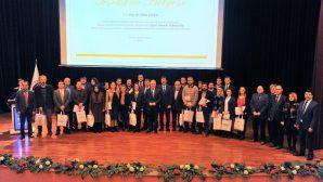 Eğitim Alanında Mükemmellik Ödülleri Sahiplerini Buldu