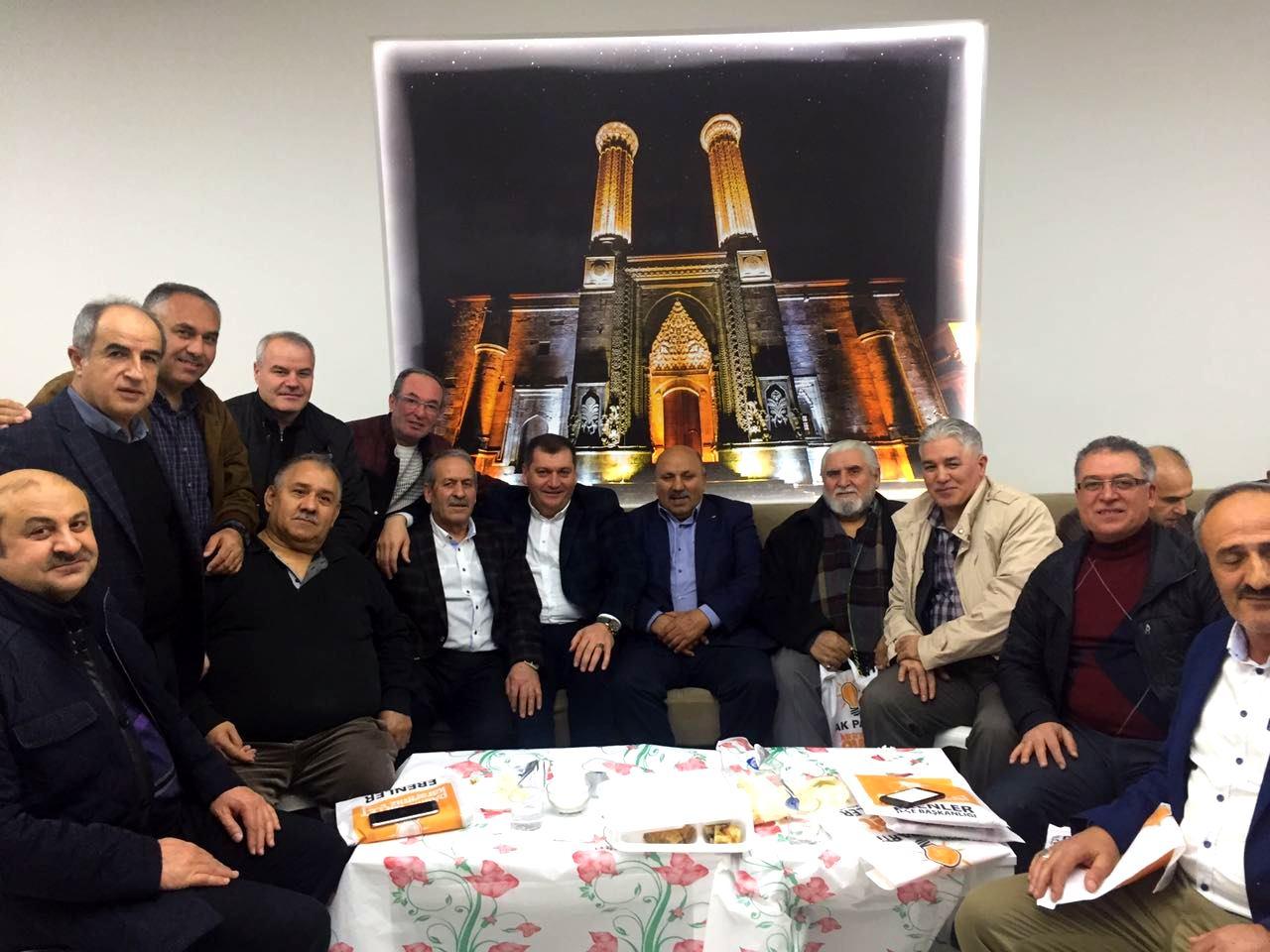 Yenilenen Sakarya Erzurum Rizekentliler Dernek Binasında Şehidlerimiz Yad edildi