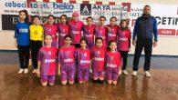 Arifiye Üzeyir Garih Ortaokulu Hentbol Takımı Balıkesir'de