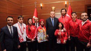 Cumhurbaşkanı Erdoğan'ın Sakarya'lı Şampiyonlarla birlikteliği