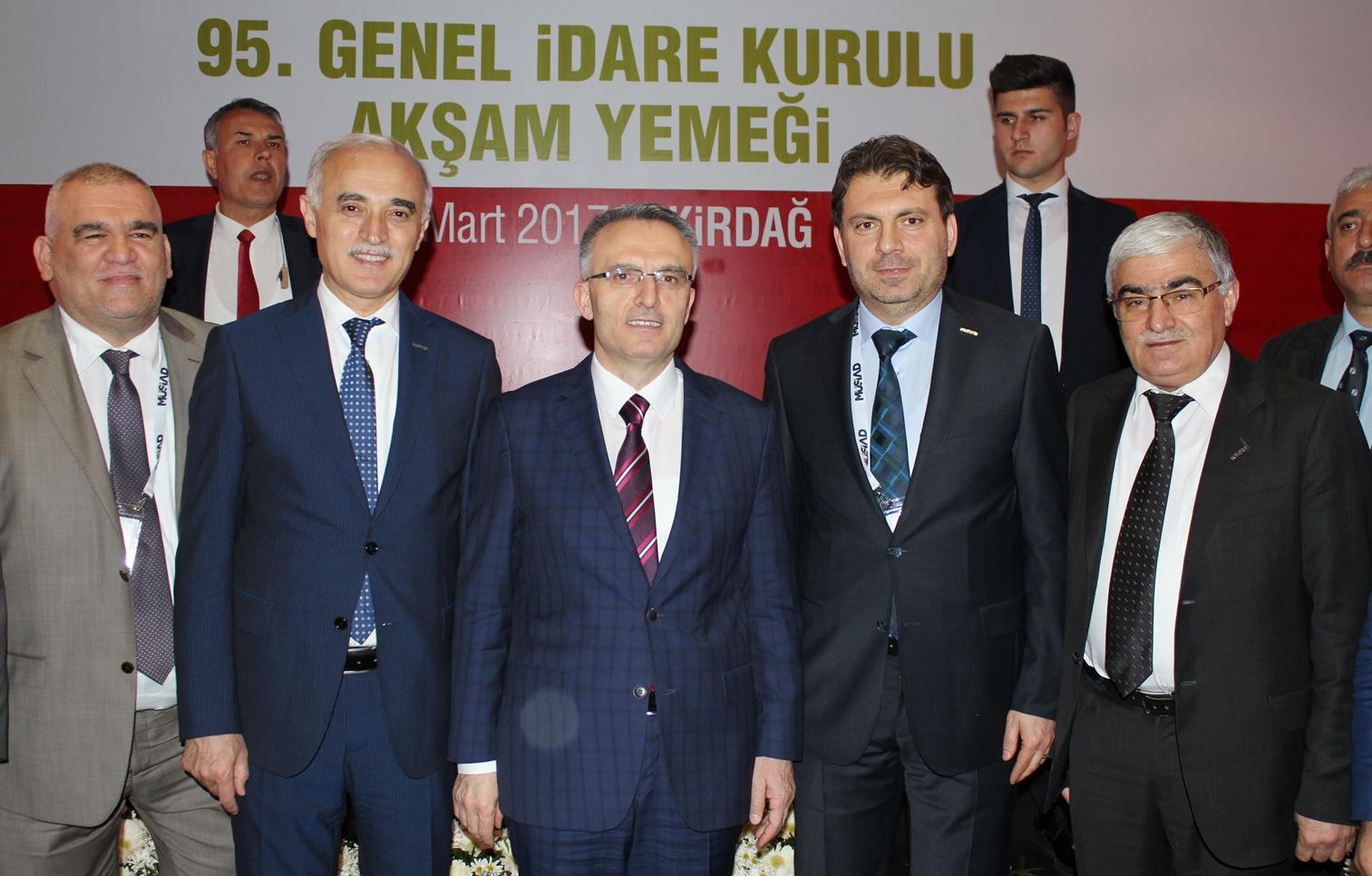 Başkan Yaşar Coşkun, Bakan Naci Ağbal'a dosya sundu…