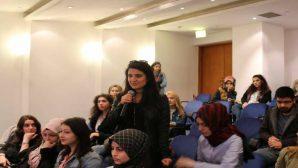 Rektör Elmas Öğrencilerin Sorularını Cevapladı