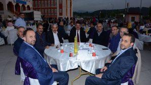 Arifiye Osman Öztürk İmam Hatip Ortaokulunda Mezuniyet iftarı