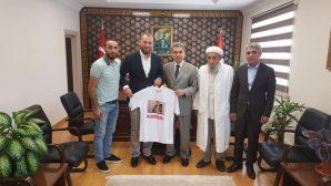 Derik Spor Kulübü Başkanı ve Futbolcularının Arifiye ziyareti