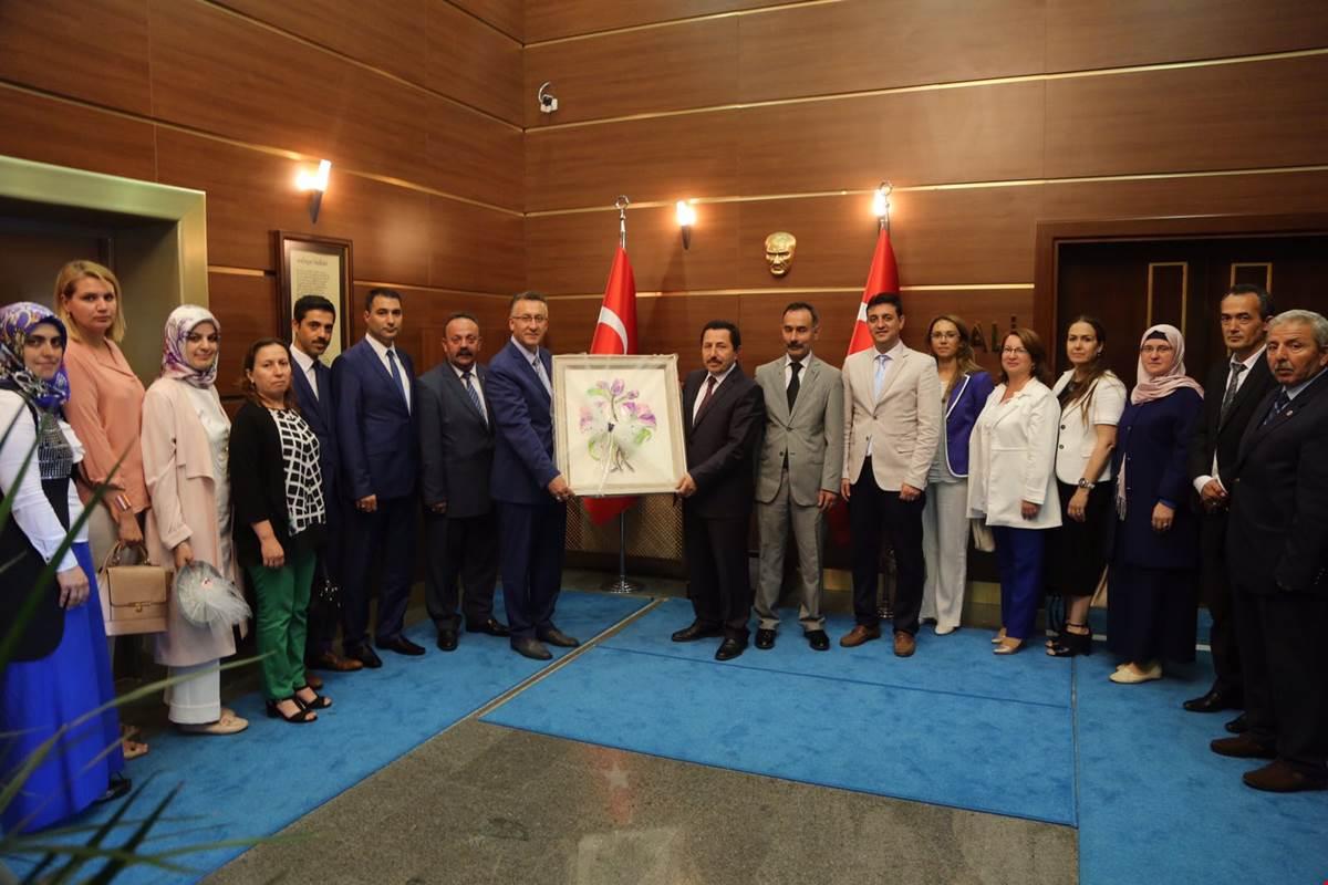 Vali Balkanlıoğlu'na tebrik ziyaretleri devam ediyor