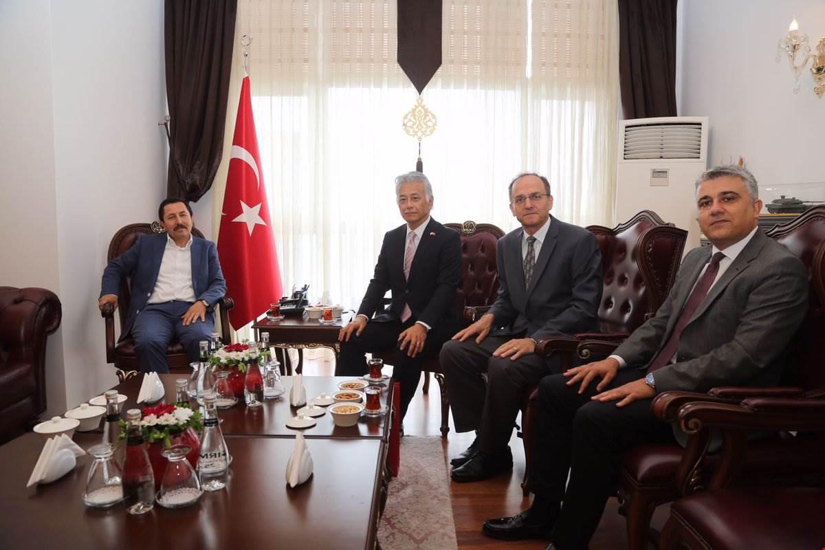 Toyota Türkiye ve Sepaş Enerji Heyeti Vali Balkanlıoğlu'nu Ziyaret Etti