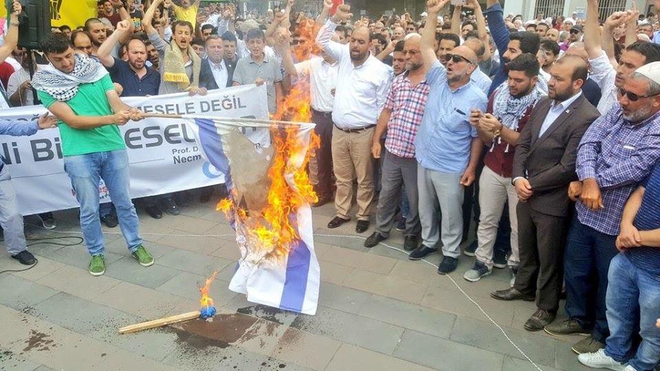 İsrail'e Sakarya'da büyük tepki