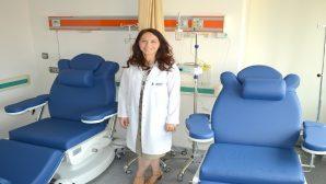 Suna Çokmert, cilt kanseri hakkında bilgi verdi.