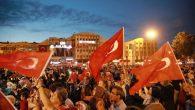 Sakarya'lılar Demokrasi Nöbeti için, Demokrasi Meydanına indi…