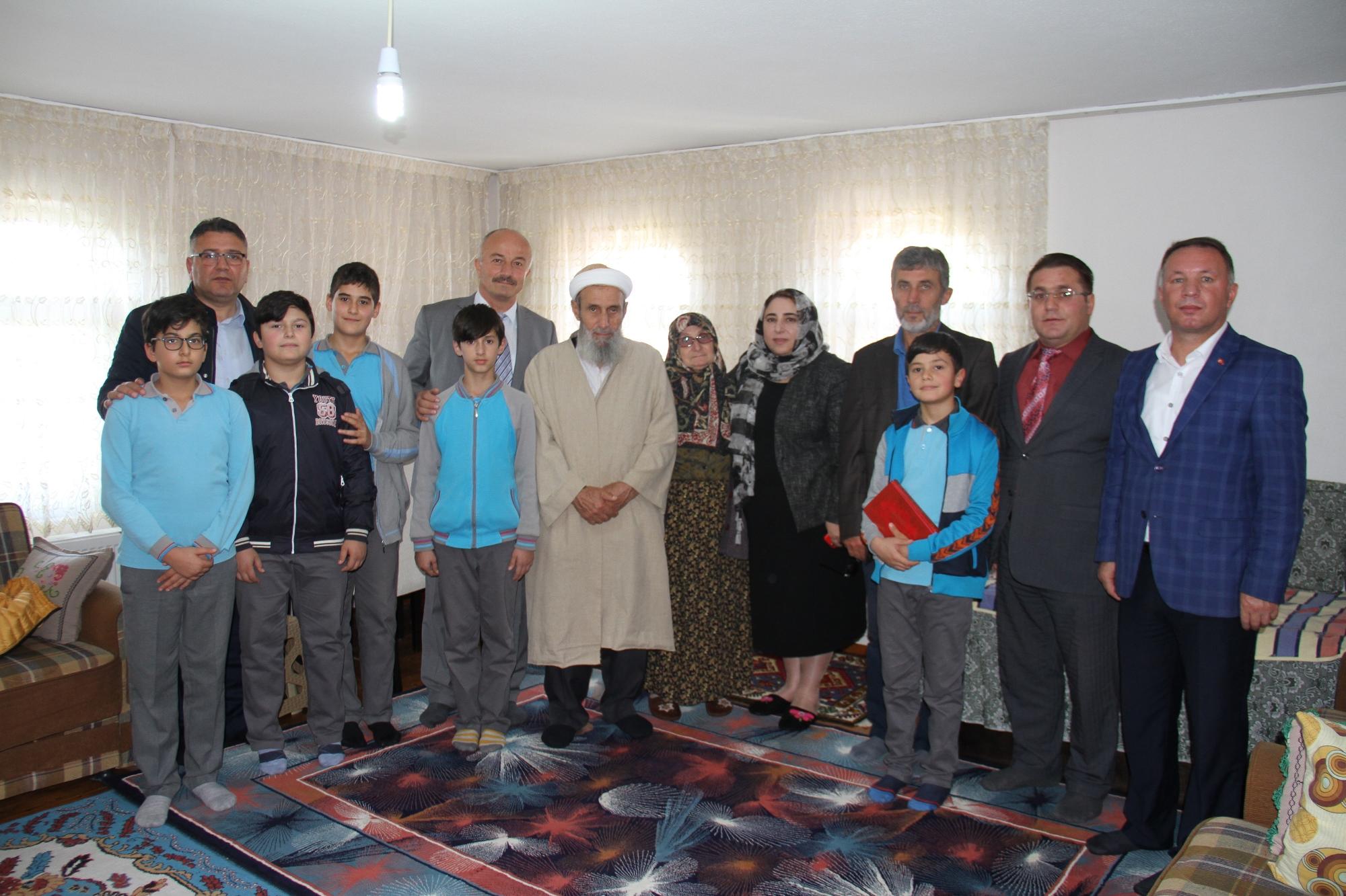 TÖRE'den Şehit Kaymakamımız Safitürk'ün Ailesine Ziyaret