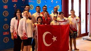 Milli Yüzücümüz Fatma Çağla Demir'den Bronz Madalya