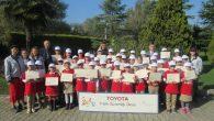 Arifiye Bekir Sıtkı Durgunun Minikleri Toyota'yı ziyaret etti
