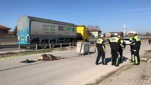 Servis Otobüsünün çarpması sonrası hayatını kaybetti