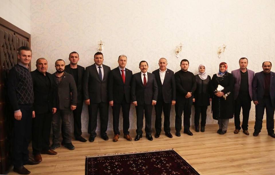 Ak Parti Arifiye İlçe Vali Balkanlıoğlu'nu ziyaret etti