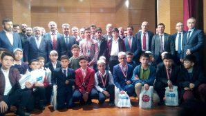 """Arifiye'de """"Genç Bilaller"""" Ezan okuma ve Hafızlık Yarışmaları yapıldı"""