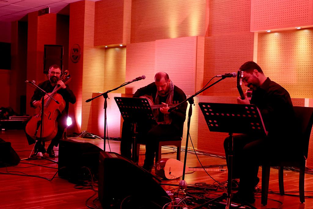 Şems Trio beğeni topladı