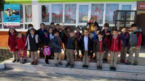 Arifiye Bekir Sıtkı'da İyilikte Yarışan Sınıflara Kupaları Verildi