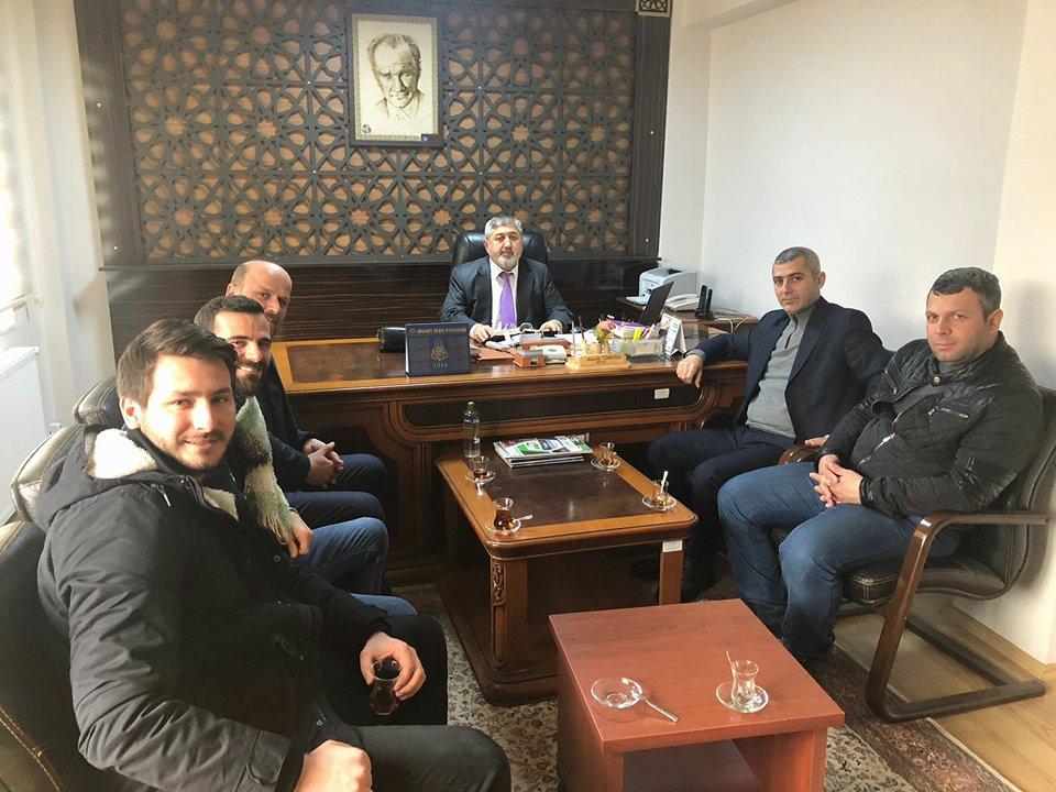 MHP Arifiye İlçe'den Müftülük ve Jandarma'ya ziyaret