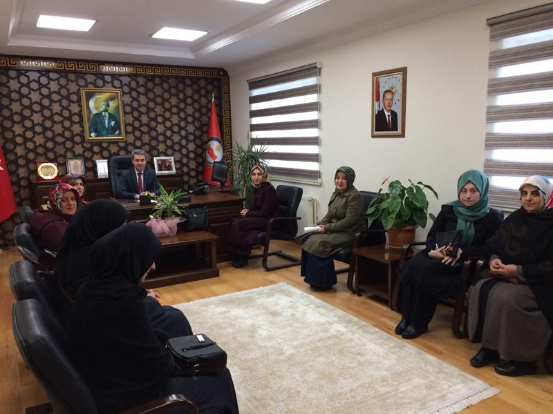 Ak Parti Arifiye Kadın Kolları Kaymakamımız Yazıcı'yı ziyaret etti