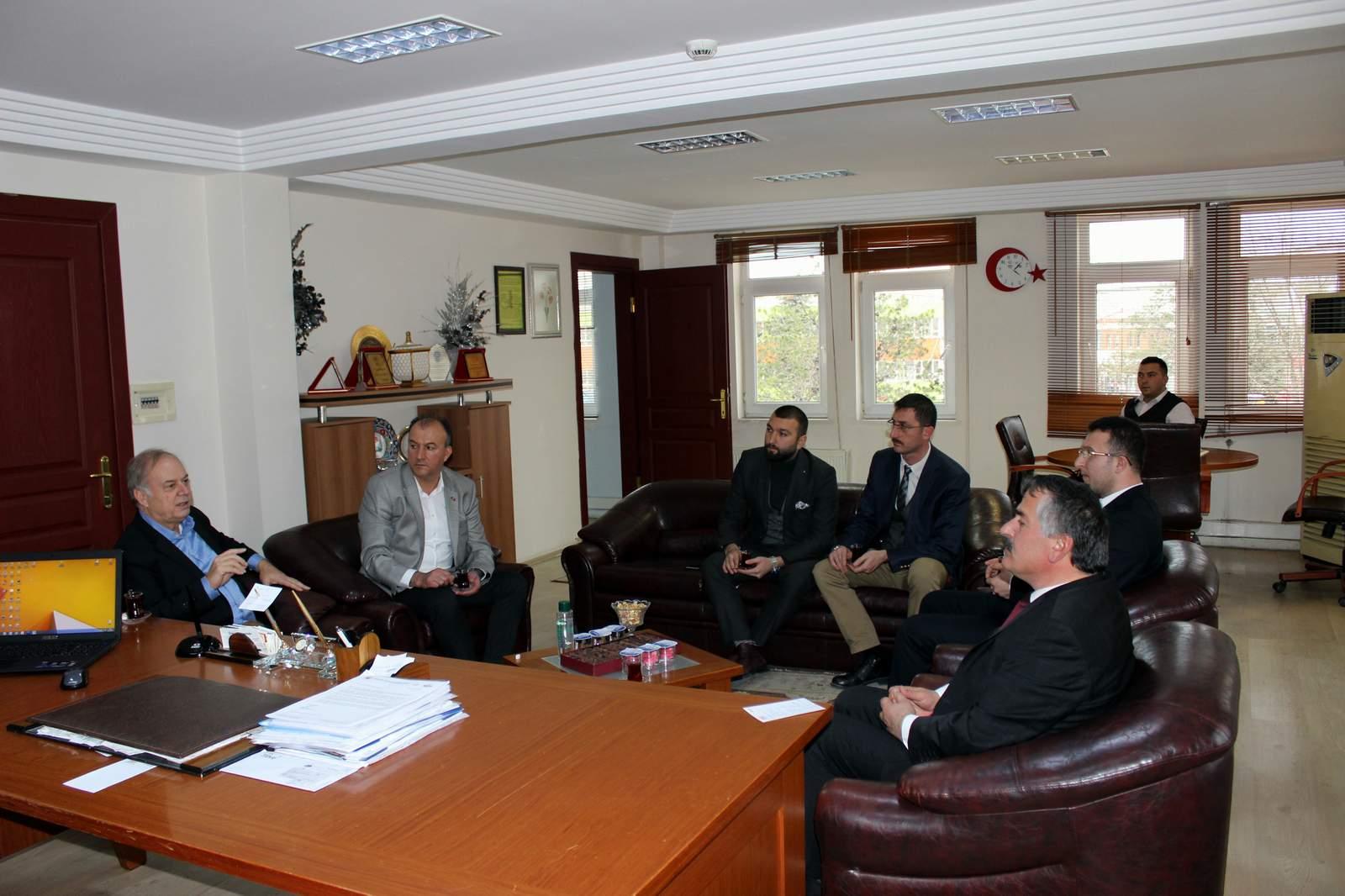 Başkan Karakullukçu Milletvekili İsen'e çalışmalarını anlattı