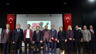 """Vali Balkanlıoğlu """"Ortadoğu Ve Türkiye'nin Geleceği"""" Konulu Panele Katıldı"""