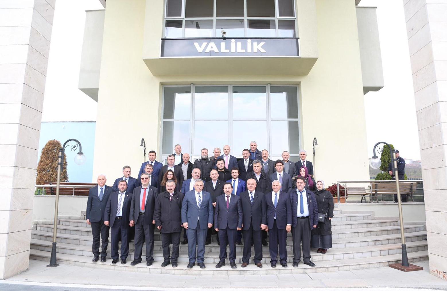 Sakarya 15 Temmuz Milli İrade Derneğinden Vali Balkanlıoğlu'na Ziyaret