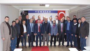 ARSİADER yöneticileri TÜMSİAD'ta.