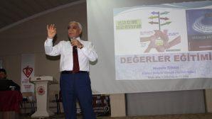 Tarihçi Yazar Mustafa Turan 30 günde 52 konferans verdi