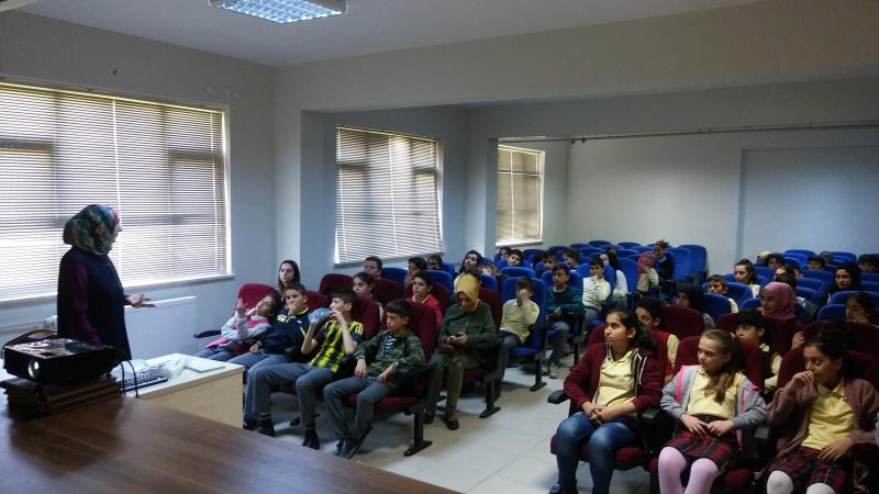 Arifiye Ege Kimya Ortaokulunda Sağlıklı Beslenme semineri