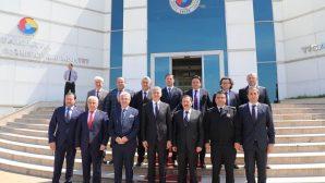 Vali Balkanlıoğlu'ndan İş Adamları, Sanayici ve Üretici Temsilcilerine Ziyaret