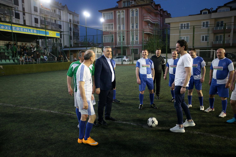 Başkanı Karakullukçu'nunda kadroda yer aldığı AK Kadrolar yeşil sahada buluştu