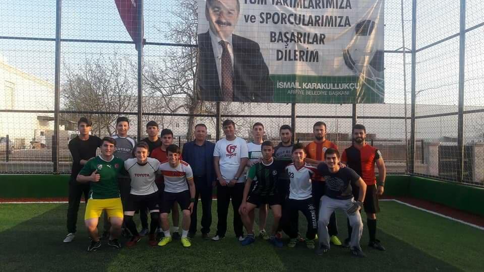 AK Parti Arifiye Gençlik Kollarının Futbol Turnuvasına ilgi yoğun oldu