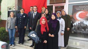 Arifiye Ak Kadınlardan İlçe Emniyet Müdürlüğüne ziyaret