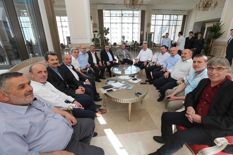 """Başkan Toçoğlu,""""Siyasetimizin çerçevesini ahlak belirler"""""""
