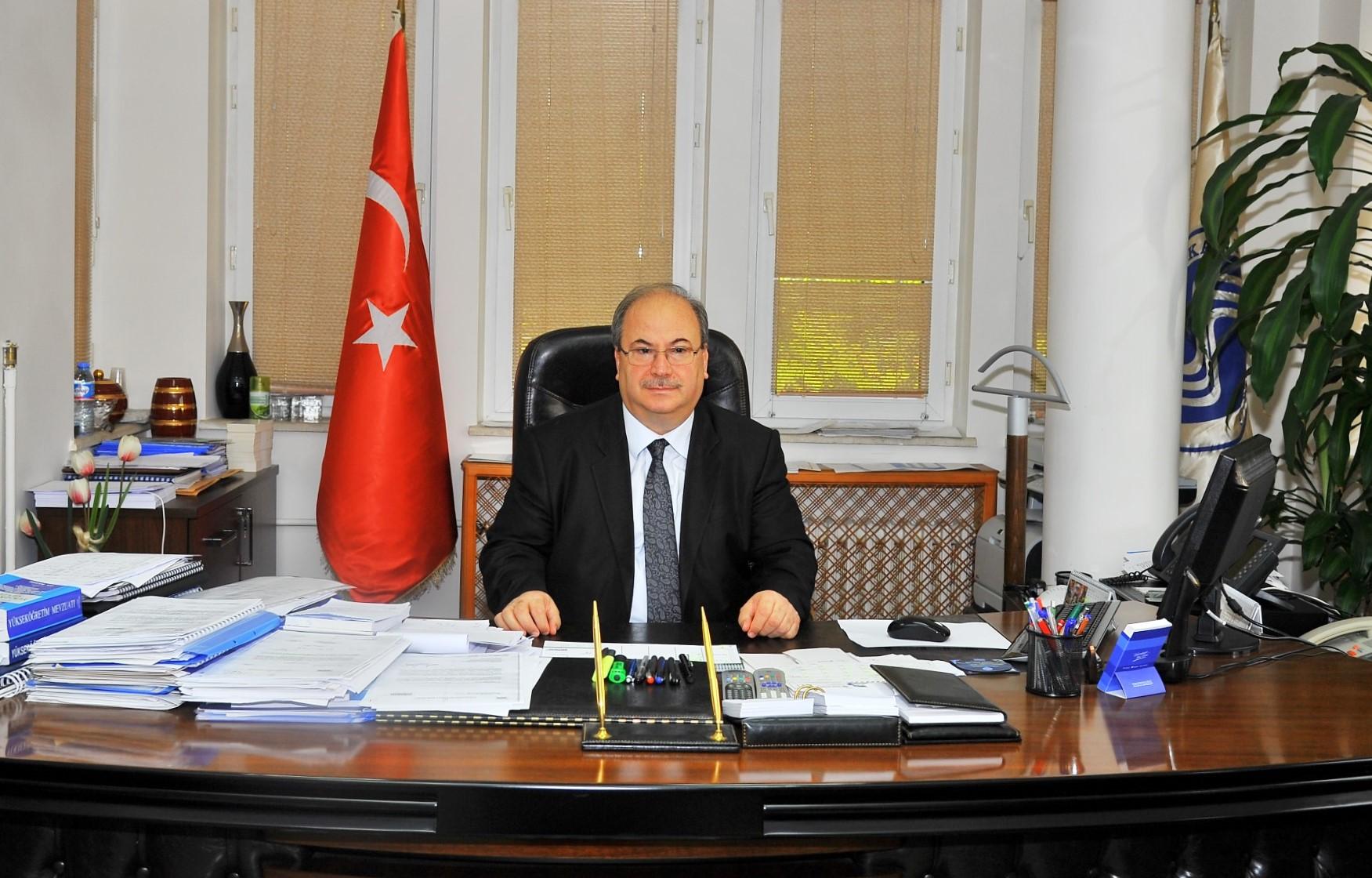 SAÜ'de Rektörlüğe Prof. Dr. Yalçın Vekalet Edecek
