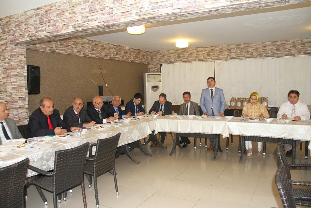 İlçe Milli Eğitim Müdürleri Söğütlü'de Toplandı