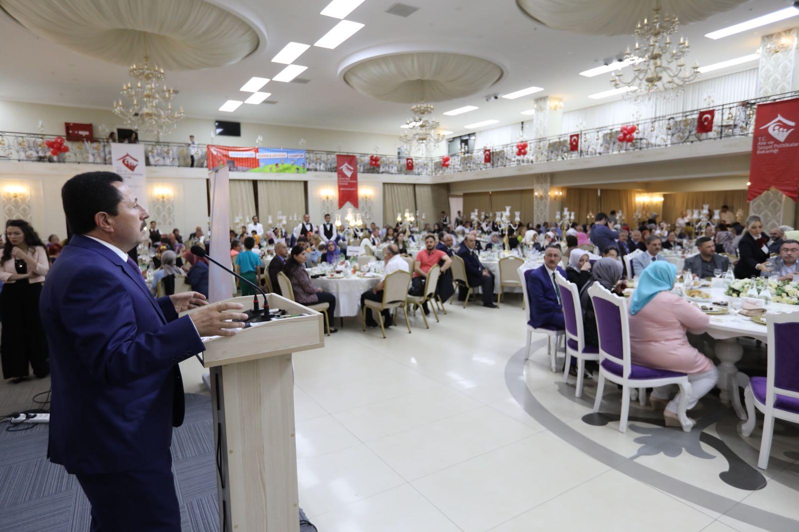"""Vali Balkanlıoğlu, """"Koruyucu Aileler Gönülleri Kazanıyor"""""""