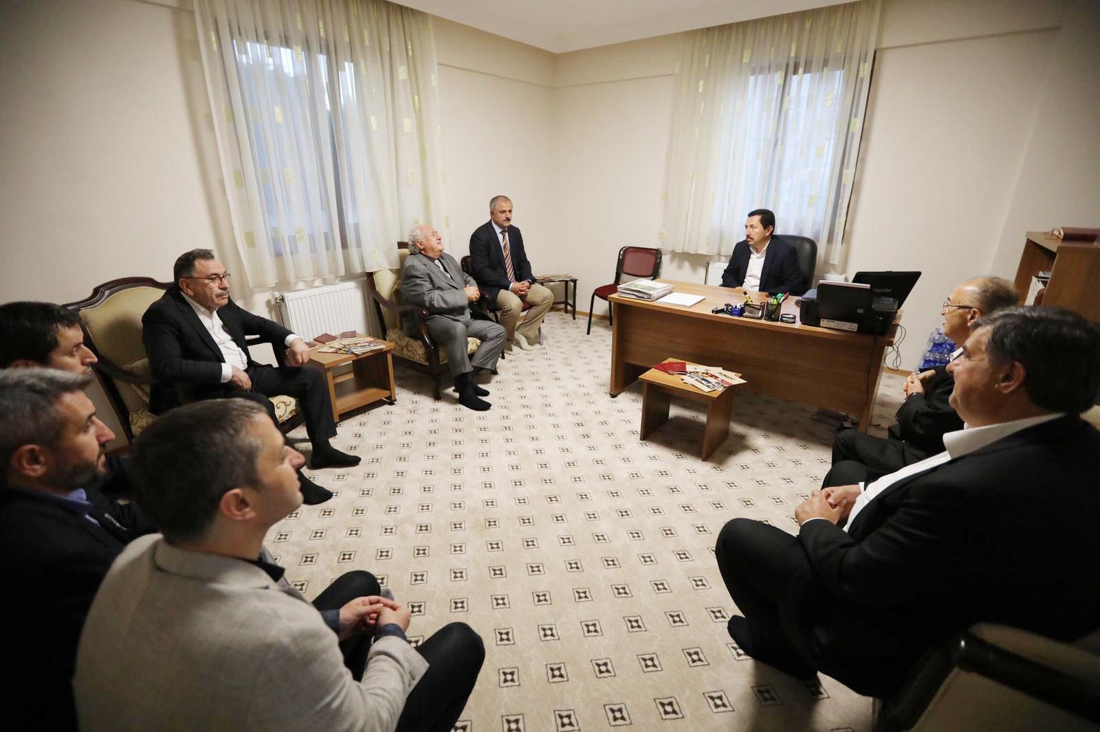 Vali Balkanlıoğlu, SAKEV'in İftar Programına Katıldı