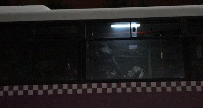 Arifiye'de Yurda kaçak giren 31 Pakistanlı yakalandı